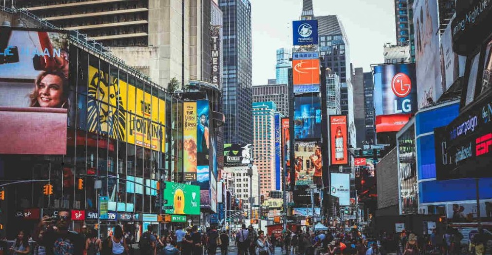 Target Your Customers With Outdoor Billboard Advertising