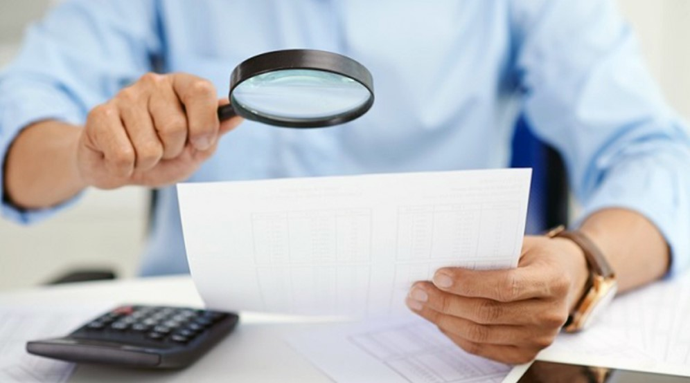 How Should I Treat Auditors During a Small Business Audit